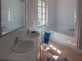 L'Olivier master bathroom detail